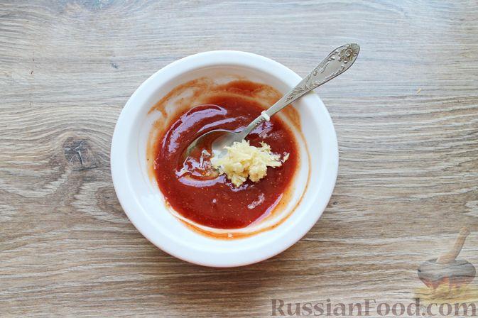Фото приготовления рецепта: Шашлык из куриных сердечек в маринаде из соевого соуса и апельсинового сока (в духовке) - шаг №6