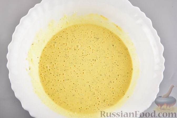 Фото приготовления рецепта: Пирог-запеканка с кабачками и творогом - шаг №6