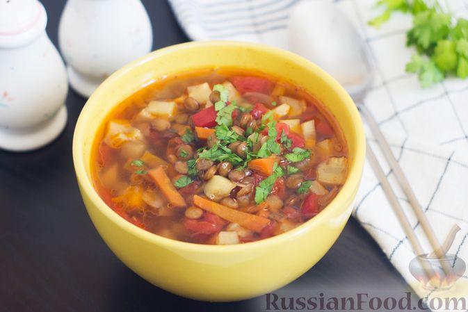 Фото к рецепту: Овощной суп с чечевицей