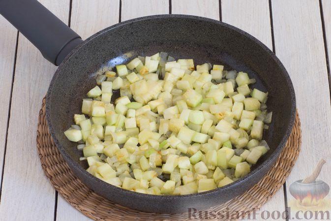 Фото приготовления рецепта: Овощной суп с чечевицей - шаг №6