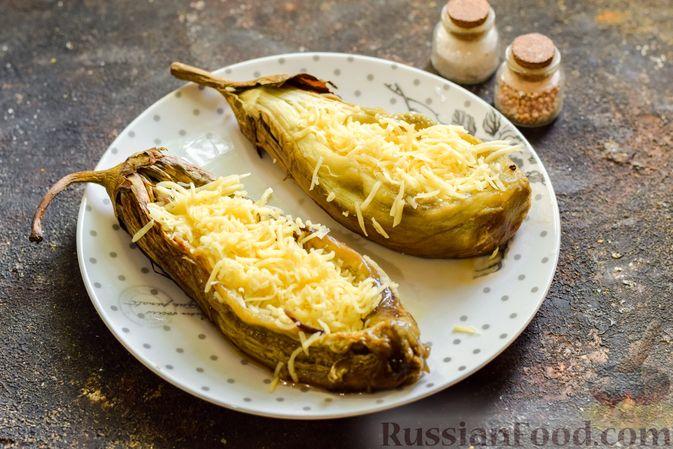 """Фото приготовления рецепта: Баклажаны с сырной начинкой, в """"шубке"""" из мясного фарша (в духовке) - шаг №11"""