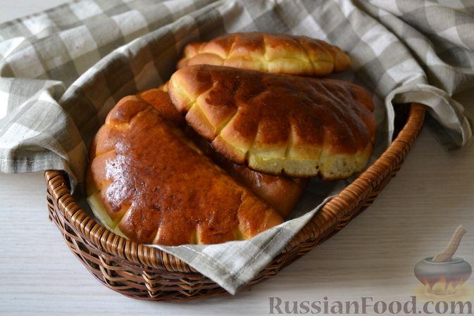Фото к рецепту: Булочки-гребешки с повидлом