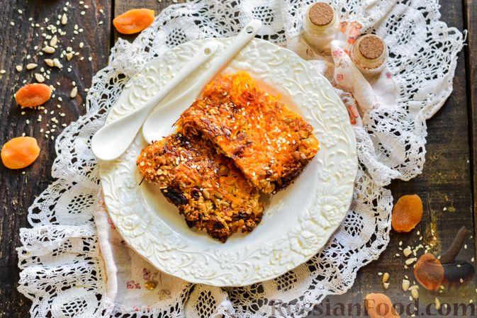 Фото приготовления рецепта: Десерт из моркови с курагой, овсяными хлопьями и семечками - шаг №9