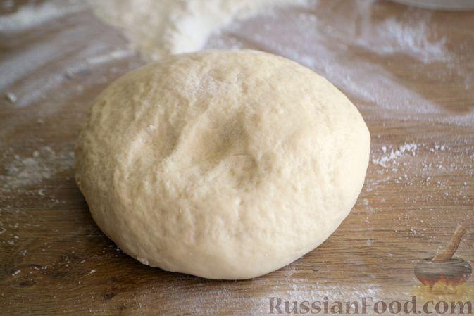 Фото приготовления рецепта: Пшеничный хлеб на кефире - шаг №5