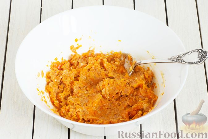 Фото приготовления рецепта: Морковное пюре с луком и пряностями - шаг №8