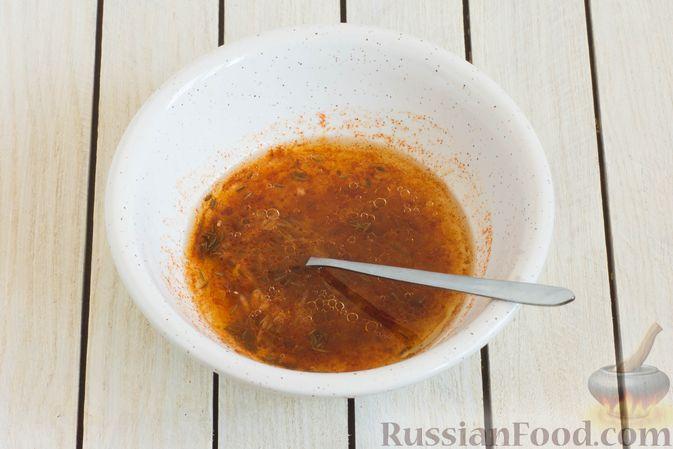 Фото приготовления рецепта: Тушёная морковь с паприкой и кумином - шаг №5