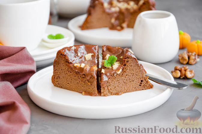 Фото к рецепту: Шоколадно-тыквенное суфле с пряностями и ганашем