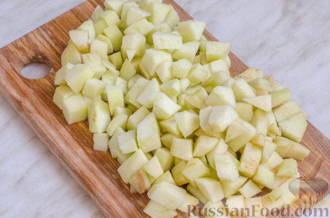 Фото приготовления рецепта: Грушево-яблочное варенье с пряностями (на зиму) - шаг №3