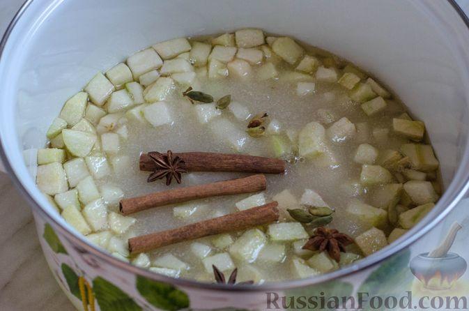 Фото приготовления рецепта: Грушево-яблочное варенье с пряностями (на зиму) - шаг №6