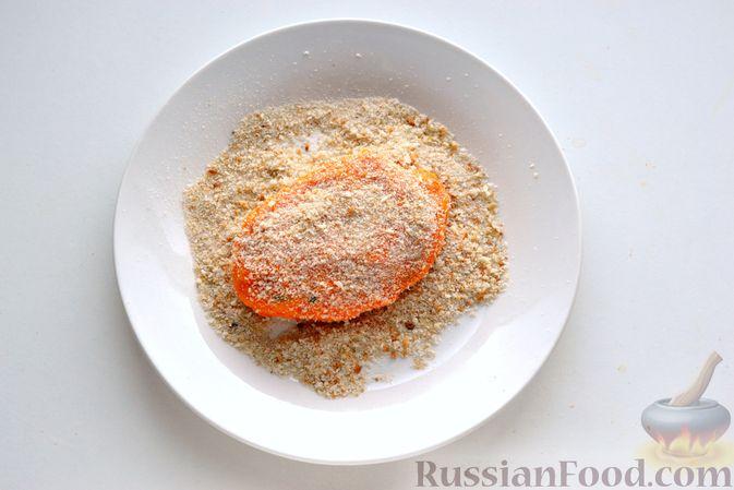 Фото приготовления рецепта: Тыквенные зразы с мясным фаршем - шаг №18