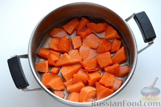 Фото приготовления рецепта: Яблочно-тыквенный джем с апельсином и корицей - шаг №6