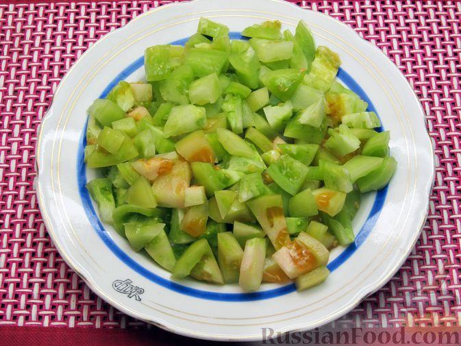 Фото приготовления рецепта: Суп из зеленых помидоров с копченой грудинкой - шаг №2