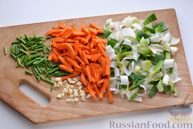 Фото приготовления рецепта: Капустный суп-пюре - шаг №3