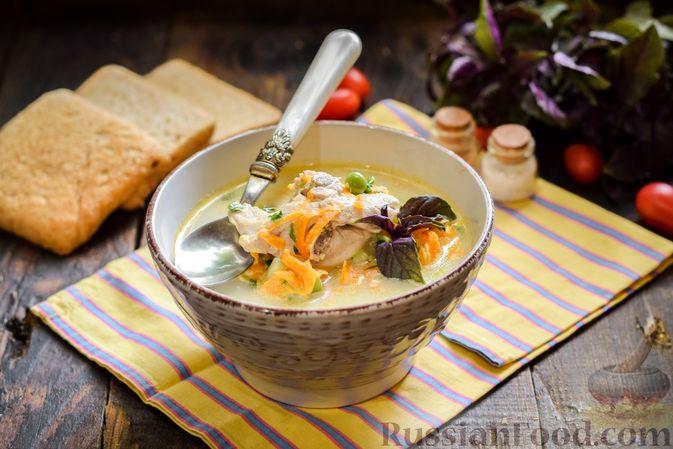 Фото к рецепту: Куриный суп с овощами и сливками
