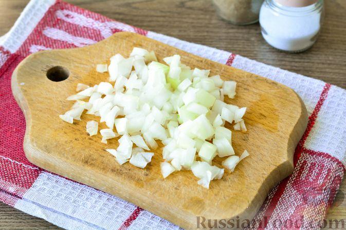 Фото приготовления рецепта: Голубцы с мясным фаршем и картофелем - шаг №6