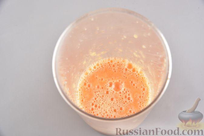 Фото приготовления рецепта: Цитрусовый смузи-боул с бананом и овсяными хлопьями - шаг №4