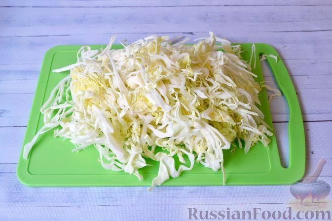 Фото приготовления рецепта: Капустный манник на кефире (в духовке) - шаг №5