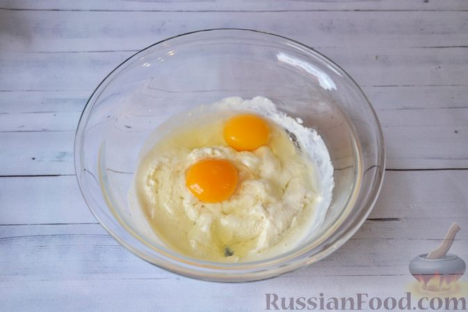 Фото приготовления рецепта: Капустный манник на кефире (в духовке) - шаг №7