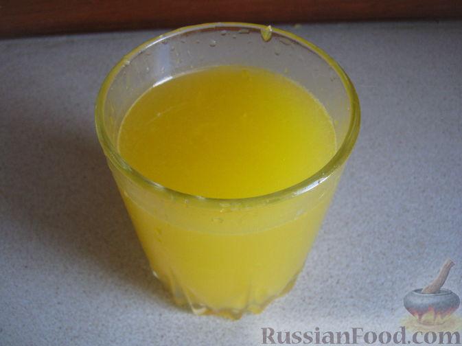 Фото приготовления рецепта: Смузи из персика и апельсина - шаг №3