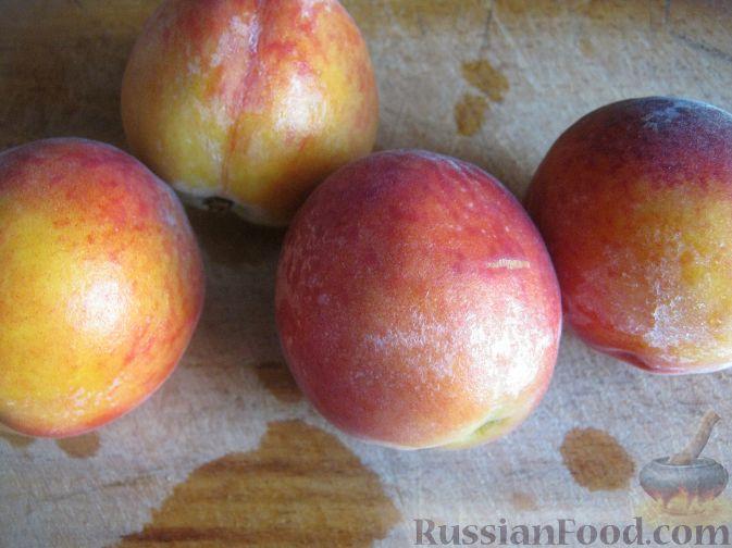 Фото приготовления рецепта: Смузи из персика и апельсина - шаг №4