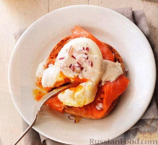 Рецепт Бургеры с лососем и яйцами-пашот
