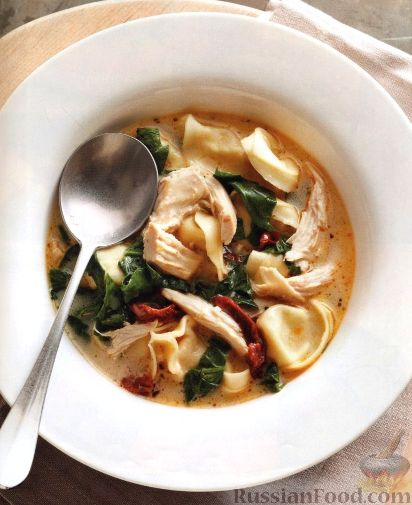 Рецепт Куриный суп с тортеллини и шпинатом