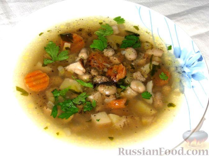 Рецепт Суп с бобами и белыми грибами