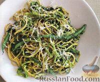 Фото к рецепту: Спагетти с капустой и стручковой фасолью
