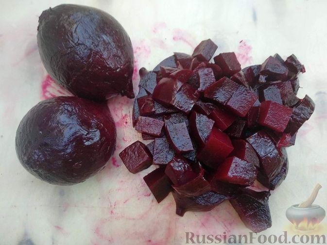 Фото приготовления рецепта: Запечённая свёкла в соусе бешамель - шаг №3