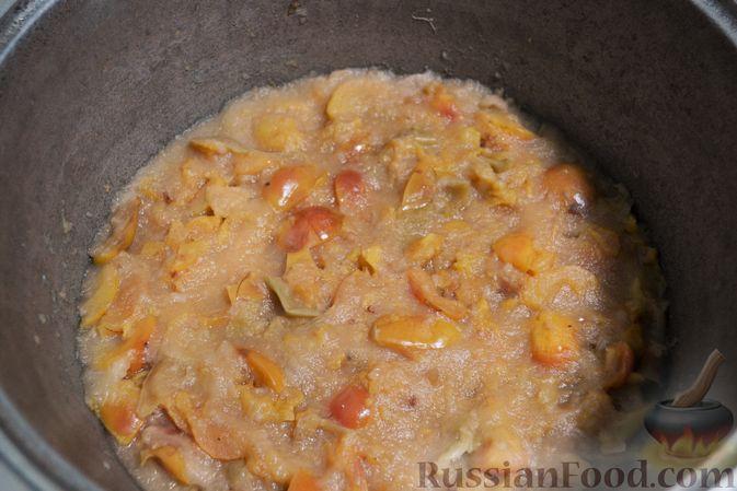 Фото приготовления рецепта: Яблочное пюре на зиму - шаг №5