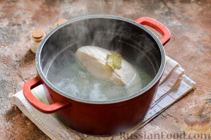 Фото приготовления рецепта: Мясное рагу с грибами, баклажанами, картофелем и сладким перцем - шаг №13