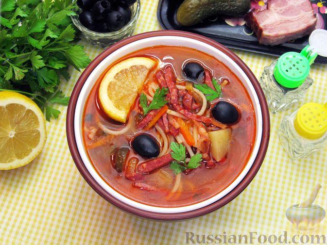 Фото к рецепту: Солянка с вермишелью