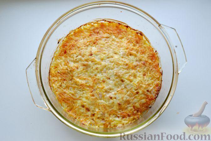 Фото приготовления рецепта: Куриная грудка, запечённая с морковью, луком и сметаной - шаг №16