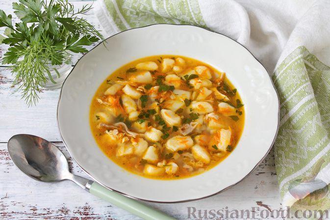 Фото к рецепту: Куриный суп с творожными клёцками