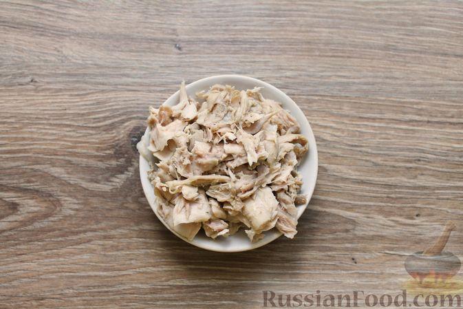 Фото приготовления рецепта: Куриный суп с творожными клёцками - шаг №4