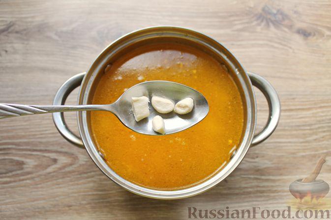 Фото приготовления рецепта: Куриный суп с творожными клёцками - шаг №15