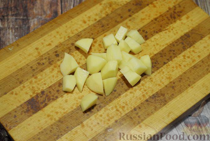 Фото приготовления рецепта: Суп-пюре из брюссельской капусты со сметаной - шаг №6