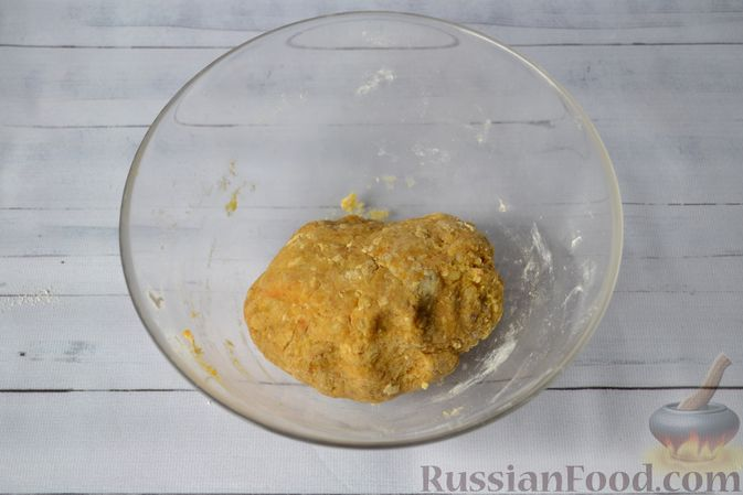Фото приготовления рецепта: Тыквенные ньокки со сливочно-сырным соусом с ветчиной - шаг №12
