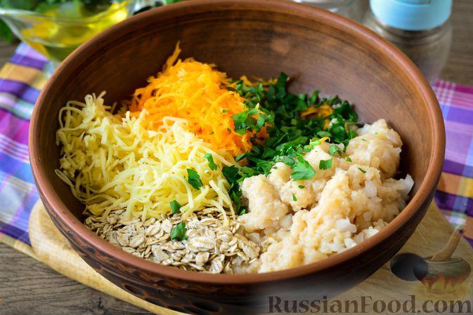 Фото приготовления рецепта: Куриные тефтели с тыквой и сыром в томатном соусе - шаг №8