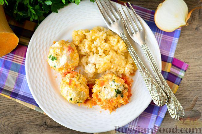 Фото приготовления рецепта: Куриные тефтели с тыквой и сыром в томатном соусе - шаг №16