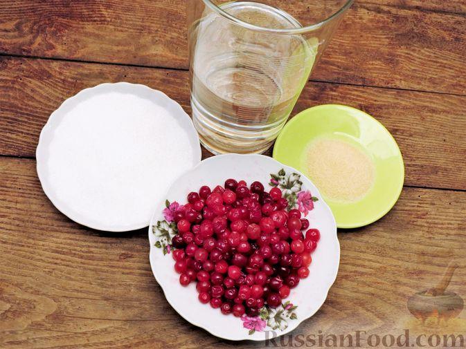 Фото приготовления рецепта: Желе из клюквы - шаг №1