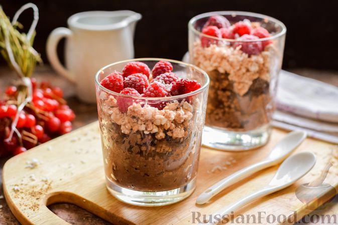 Фото к рецепту: Шоколадная пшённая каша с творогом