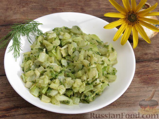 Фото к рецепту: Листья цветной капусты с чесноком