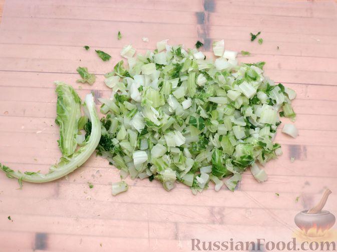 Фото приготовления рецепта: Листья цветной капусты с чесноком - шаг №5