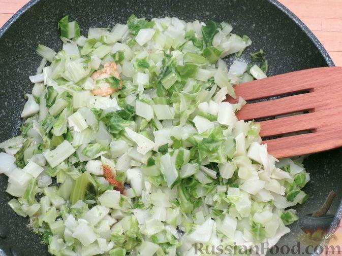 Фото приготовления рецепта: Листья цветной капусты с чесноком - шаг №8