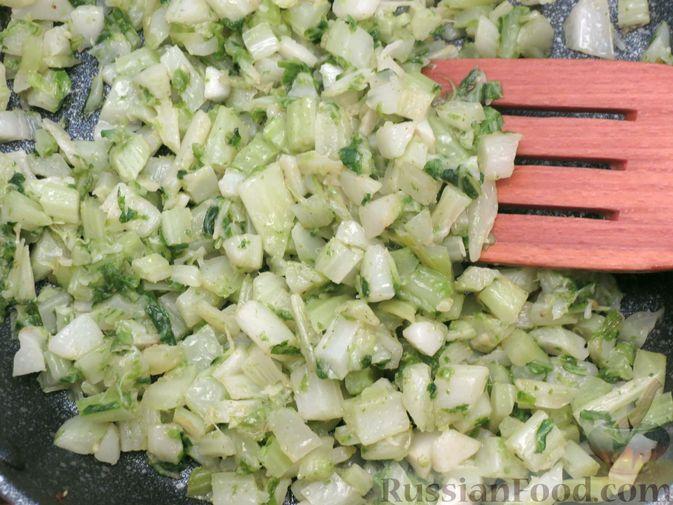 Фото приготовления рецепта: Листья цветной капусты с чесноком - шаг №9