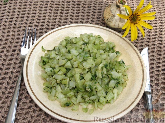Фото приготовления рецепта: Листья цветной капусты с чесноком - шаг №10