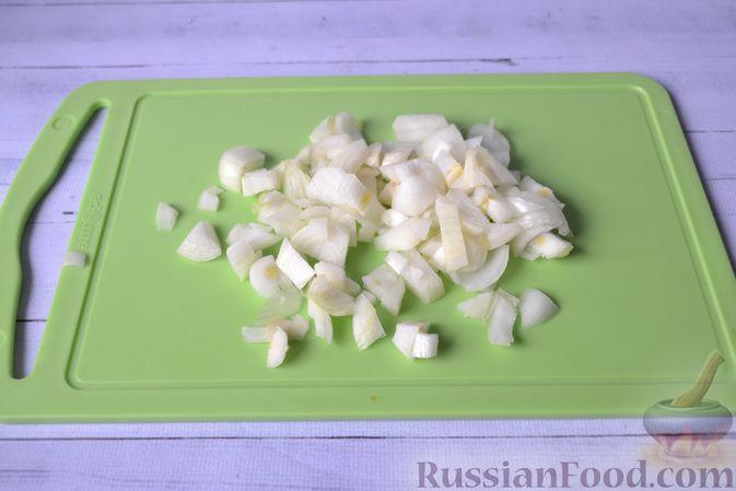 Фото приготовления рецепта: Запеканка из тыквы с мясным фаршем и помидорами - шаг №6