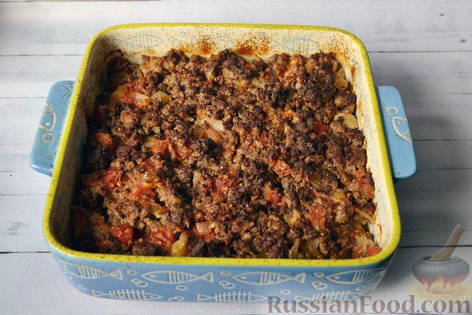 Фото приготовления рецепта: Запеканка из тыквы с мясным фаршем и помидорами - шаг №12