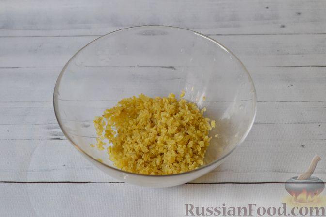Фото приготовления рецепта: Куриный суп с тыквой и булгуром - шаг №4
